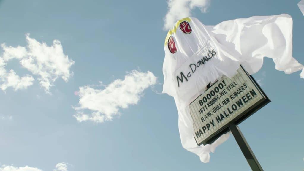 burger-king-prank-as-mc-donald-on-halloween-7