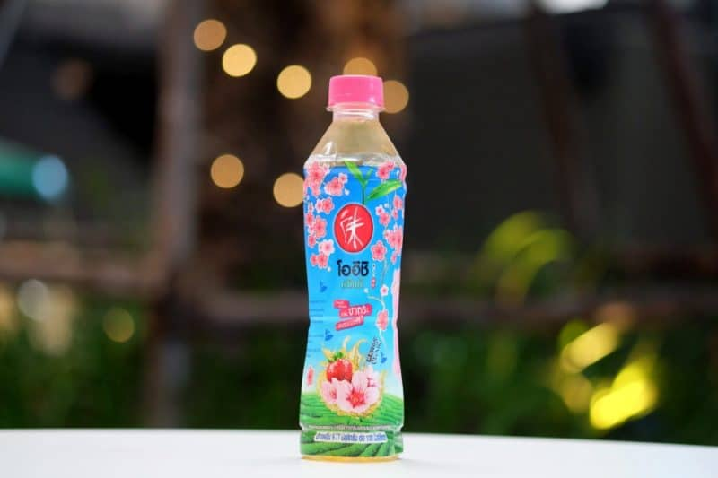 review-oishi-green-tea-sakura-strawberry-flavour-2