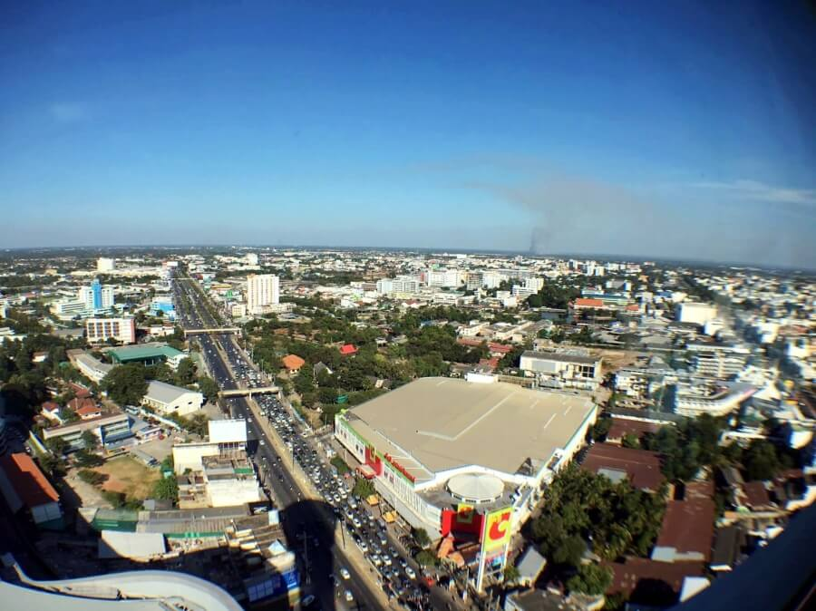 review-terminal-21-korat-with-sky-deck-43