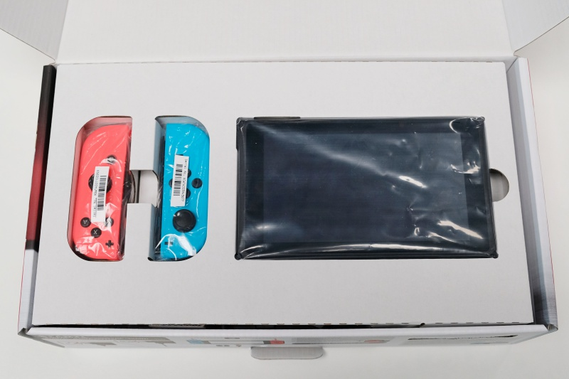 preview-unboxing-nintendo-switch-2