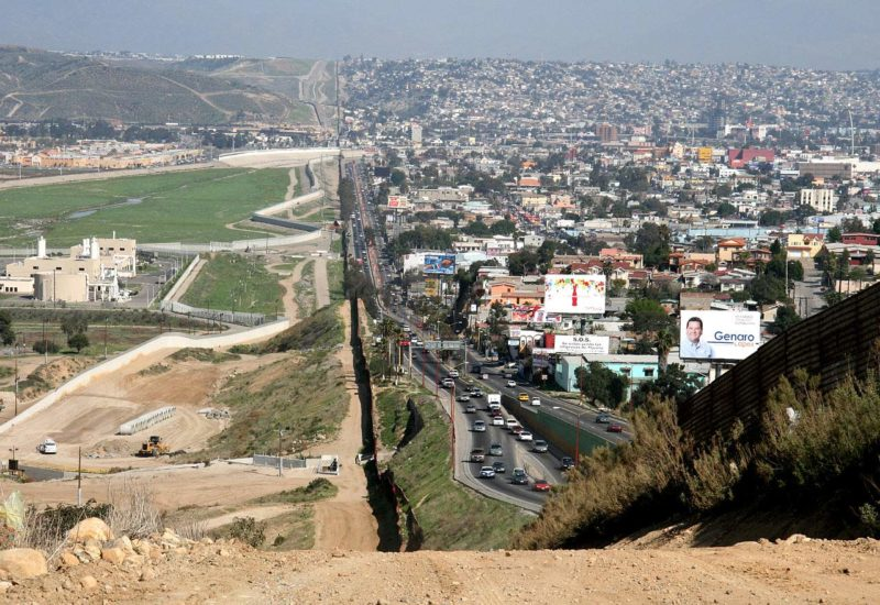 sandiego-Tijuana-border