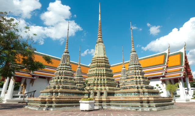 7-Songkran-festival-merit-making-for-good-fortune-7