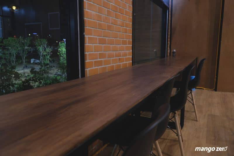 review-nexdots-cafe-bar-night-5