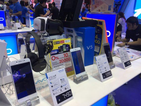 thailand-mobile-expo-2017-hi-end-smartphone-promotionIMG_3492