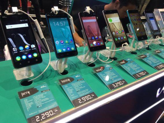 thailand-mobile-expo-2017-hi-end-smartphone-promotionIMG_3496