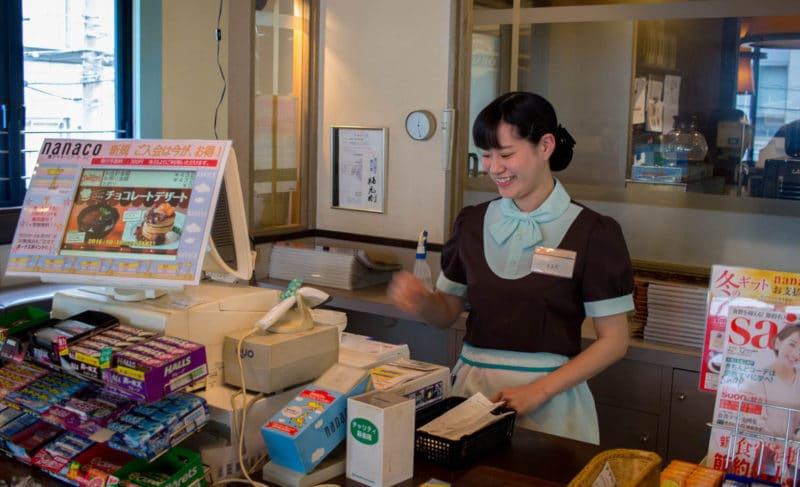 13-japan-cultural-etiquette-in-10