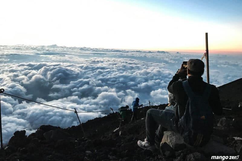 mr-fuji-climbing-19