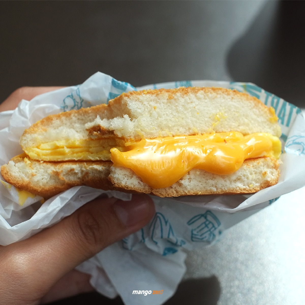 mcdonalds-cheesy-egg-bun-and-sweet-potato-desserts-04