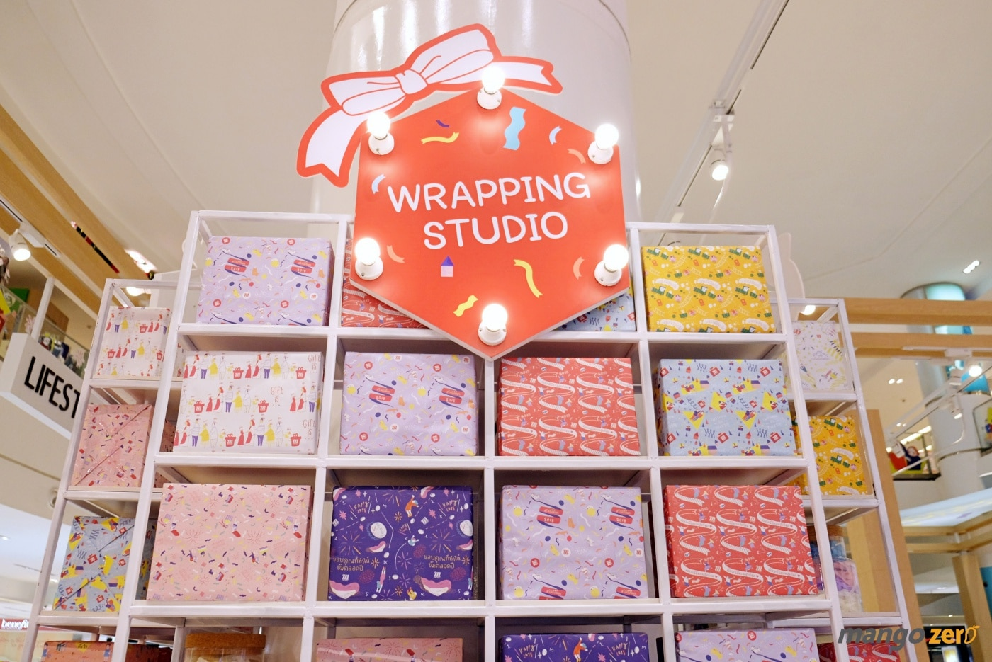 gift-wrapping-paragon-emporium-the-mall-1