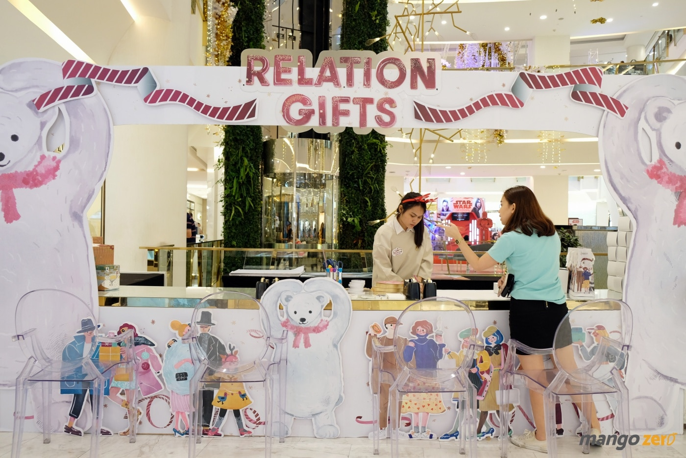 gift-wrapping-paragon-emporium-the-mall-38