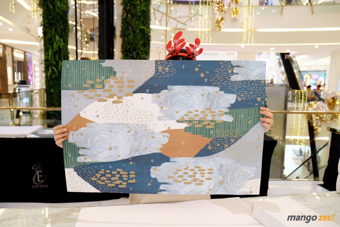 gift-wrapping-paragon-emporium-the-mall-48