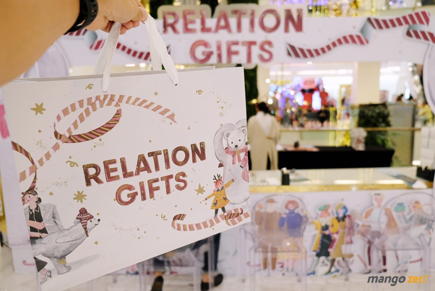 gift-wrapping-paragon-emporium-the-mall-55