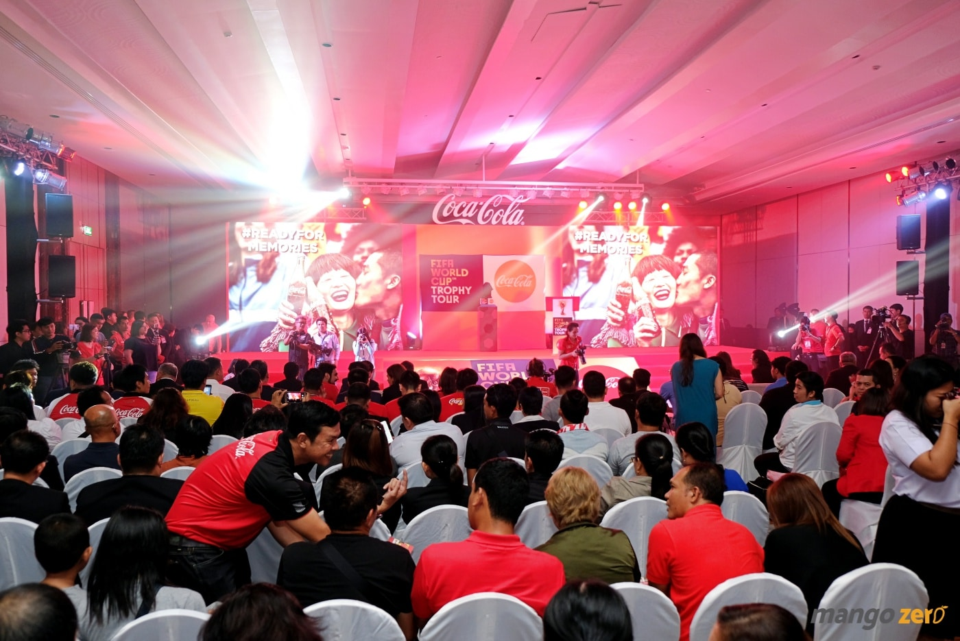 2018-fifa-world-cup-trophy-tour-by-coca-cola-at-phuket-11