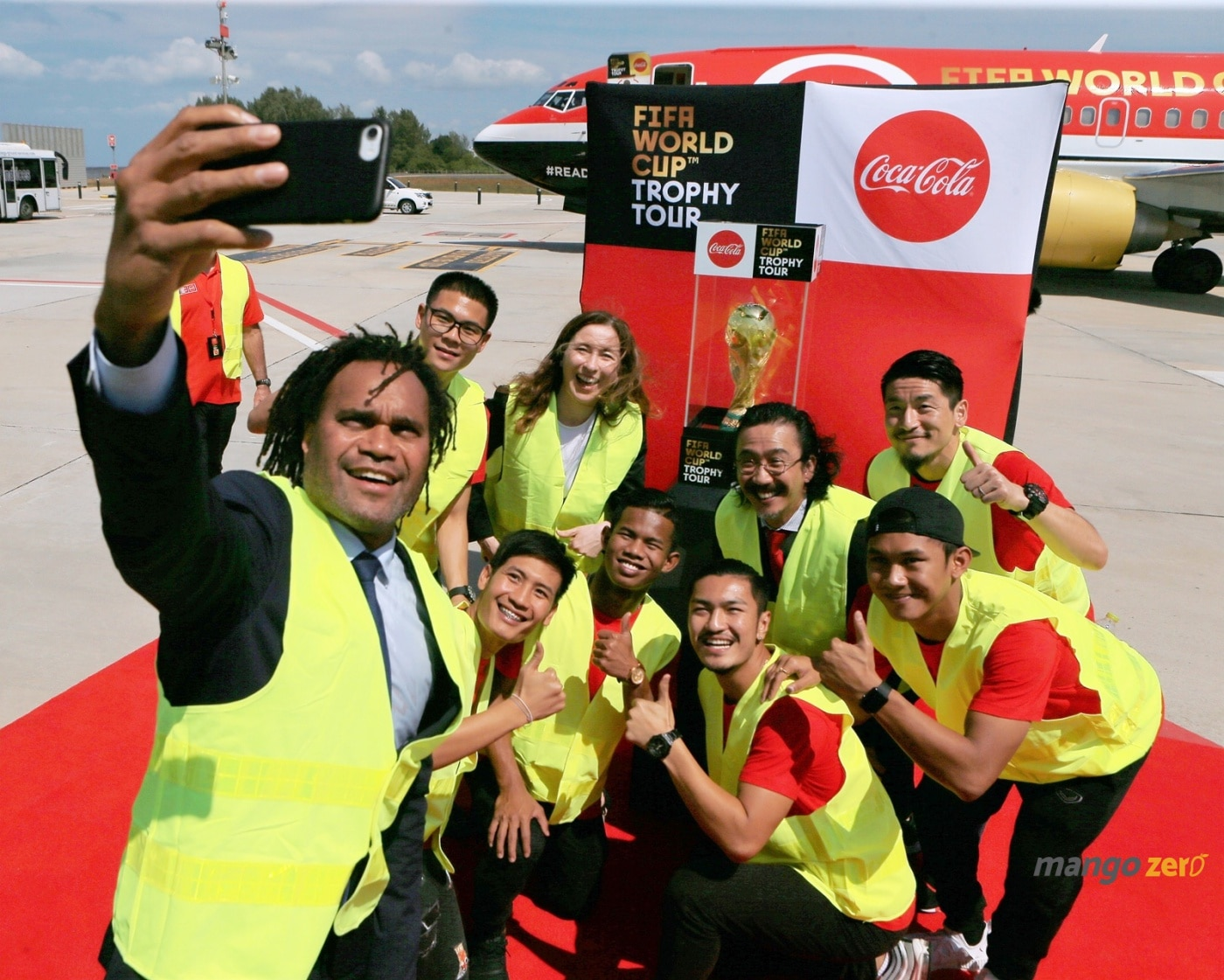 2018-fifa-world-cup-trophy-tour-by-coca-cola-at-phuket-2