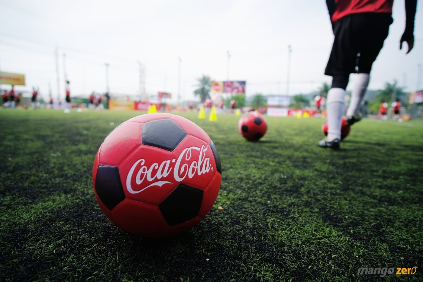 2018-fifa-world-cup-trophy-tour-by-coca-cola-at-phuket-27