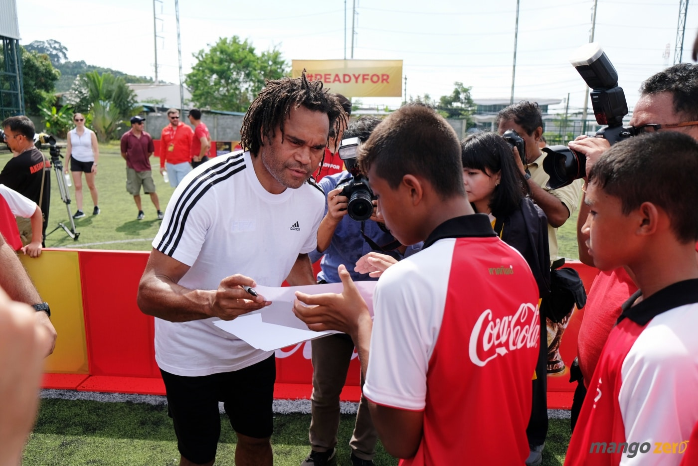 2018-fifa-world-cup-trophy-tour-by-coca-cola-at-phuket-33