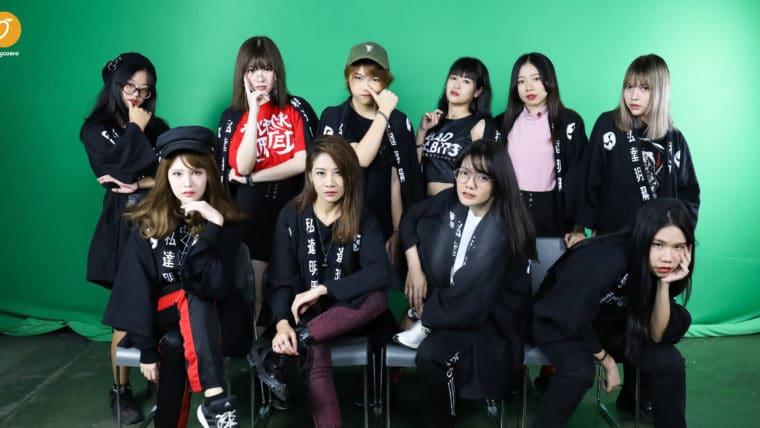 Idol's Life - AKIRA-KURØ เพราะโลกไม่ได้มีแค่ด้านสว่าง ไอดอลอย่างพวกเธอจึงถือกำเนิดขึ้น